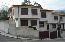 Cheap houses for sale in Northern Spain. Villa – Moraña, Galicia, Spain