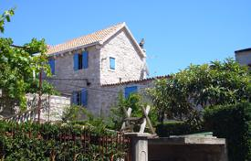 5 bedroom houses for sale in Croatia. The luxurious 400-year-old stone house in the concrete on the island Murter, Croatia. Reduced price!
