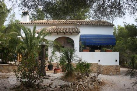 Property for sale in Senija. Villa/ Detached of 1 bedrooms in a large plot of 800 m² in Benissa