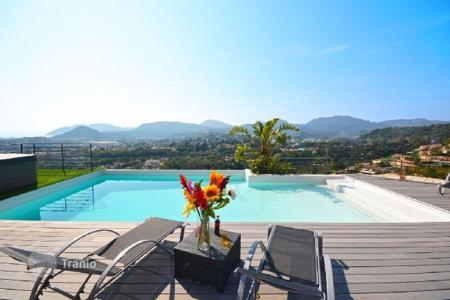 Luxury property for sale in Mandelieu-la-Napoule. Villa – Mandelieu-la-Napoule, Côte d'Azur (French Riviera), France