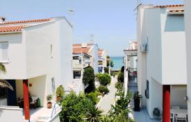 4 bedroom apartments by the sea for sale in Greece. Apartment – Kassandreia, Administration of Macedonia and Thrace, Greece