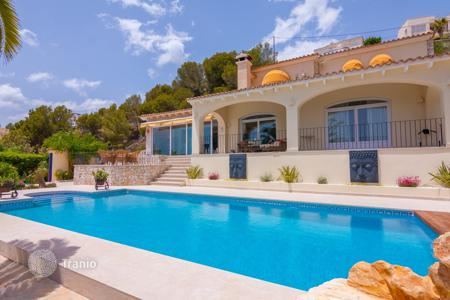 3 bedroom villas and houses to rent in Valencia. Villa – Alicante, Valencia, Spain