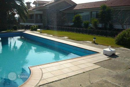 Residential for sale in Porto (city). Villa near Porto, Portugal