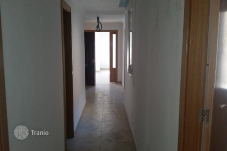 Foreclosed 3 bedroom apartments for sale in Elche. Apartment – Elche, Valencia, Spain