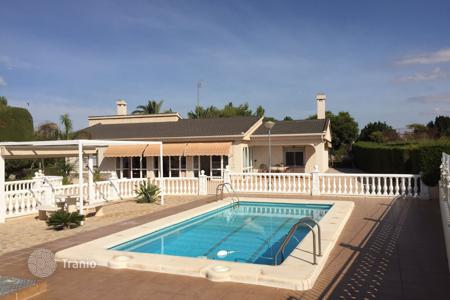 Bank repossessions residential in Spain. Villa – Elche, Valencia, Spain
