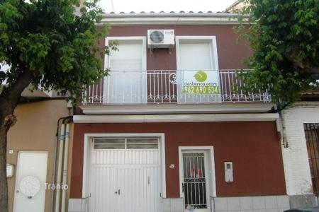 Bank repossessions property in Les Alqueries. Villa – Les Alqueries, Valencia, Spain