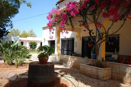 Houses for sale in Portugal. Villa – Algoz, Faro, Portugal