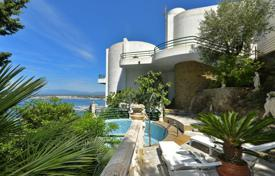 Property for sale in Roses. Unique villa with a pool, terraces and exceptional sea views, Roses, Spain