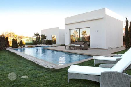 Houses with pools from developers for sale in Southern Europe. MODERN VILLA IN ORIHUELA COSTA