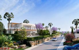Brand new exclusive villa in Estepona, Andalusia, Spain for 865,000 €
