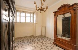 2 bedroom apartments for sale in Rome. The favorable investment proposal! The apartment in an elegant building with a luxuriant courtyard, in the district Flaminio, in Rome