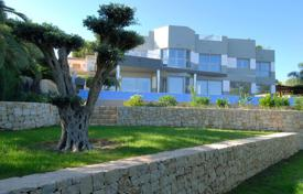 Off-plan houses for sale in Southern Europe. Villa with two pools, a jacuzzi and with a sea view, Calpe, Alicante, Spain