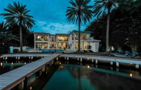 6 bedroom houses for sale in North America. Townhome – Miami Beach, Florida, USA