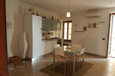 Cheap residential for sale in Lombardy. This one-bedroom apartment is located in a small picturesque village of Tremezzo