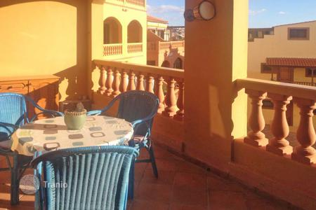 Cheap 1 bedroom apartments for sale in Tenerife. Fully furnished apartments with terrace, overlooking the ocean and a parking space in a residence with a pool, in Costa Adeje, Tenerife
