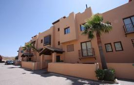Cheap property for sale in Costa del Sol. Apartment with two bedrooms and two bathrooms in Los Alcores de Calahonda