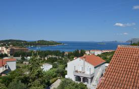 1 bedroom apartments by the sea for sale in Croatia. Sea view apartment in a building with a parking in Cavtat, Croatia