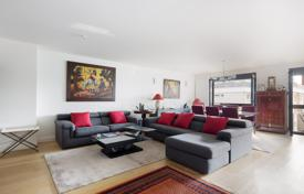 Property for sale in Boulogne-Billancourt. Boulogne Centre — A near 130 m² apartment in a recent residence