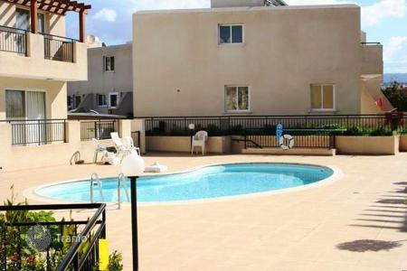 Townhouses for sale in Peyia. Comfortable furnished townhouse with sea view in a well-equipped residence with garden and swimming pool, in Peyia, Cyprus