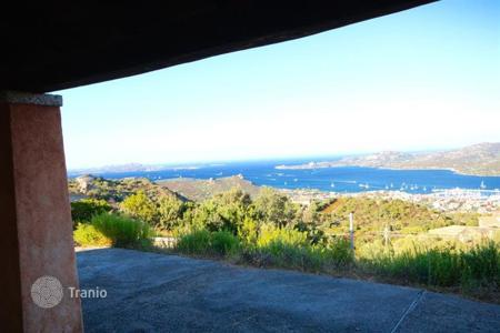 Residential for sale in Arzachena. Detached house – Arzachena, Sardinia, Italy