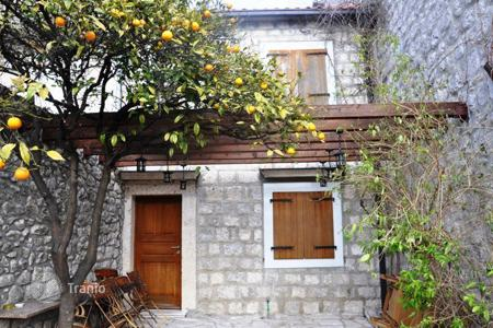 3 bedroom houses by the sea for sale in Kotor. Detached house – Perast, Kotor, Montenegro