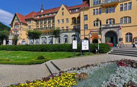 Property for sale in Brandenburg. Three-star hotel near the lake with estaurant and swimming pool, north of Berlin