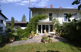 4 bedroom houses for sale in Germany. Cozy house with a private garden, a garage and a garden house, Starnberg, Germany