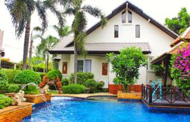 Houses for sale in Southeastern Asia. Villa – Bang Lamung, Chonburi, Thailand