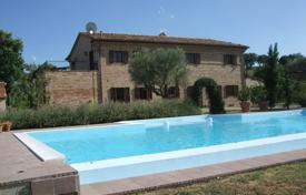 Houses with pools by the sea for sale in Italy. Agricultural – Macerata, Marche, Italy