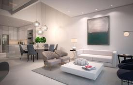 Townhouses for sale in Estepona. State-of-the-art townhouses in Estepona, Spain. Properties with roof-top terraces with jacuzzi and barbecue areas, in a beachfront residence