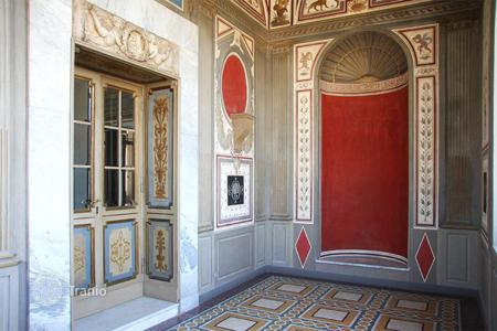 Luxury 4 bedroom apartments for sale in Rome. Luxury and exclusive 6th floor apartment for sale in Rome