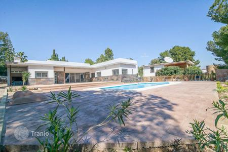 Houses with pools for sale in Alberic. Villa - Alberic, Valencia, Spain
