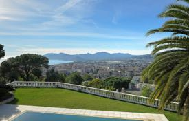 Villas and houses to rent in Côte d'Azur (French Riviera). Holiday Villa Cannes