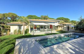 Ramatuelle — Contemporary property. Price on request