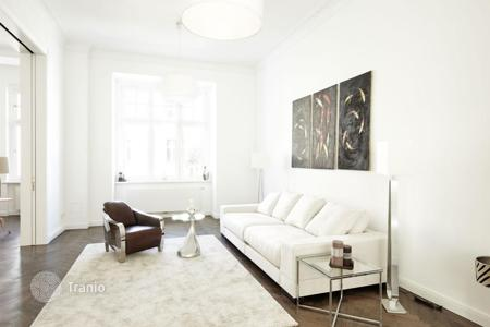 4 bedroom apartments for sale in Germany. Six-room apartment in a historic building in the Wilmersdorf district of Berlin