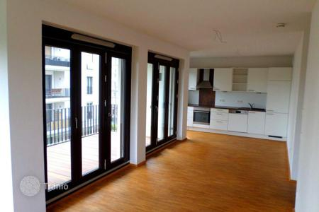 Property for sale in Hessen. New two-bedroom apartment with balcony from developer in Bockenheim, Innenstadt, Frankfurt