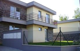 3 bedroom houses for sale in the Czech Republic. House in the suburbs with a private garden, terraces and a parking, Škvorec, Czech Republic