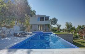 4 bedroom houses for sale in Budva (city). Villa with outdoor pool