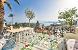 Luxury apartment with overlooking the sea in a luxury complex with a swimming pool and a car park, Mont Boron, Nice, France for 1,380,000 €