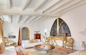 Luxury apartments for sale in Balearic Islands. Three-storey penthouse with a covered terrace and 16th century interior in the Old Town, Palma, Mallorca, Spain