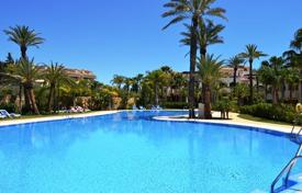 Coastal apartments for sale in Puerto Banús. Cosy apartment with a terrace, Puerto-Banus, Spain