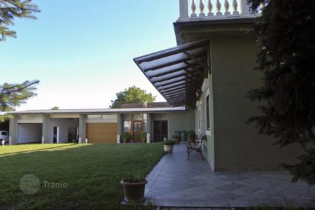 Property for sale in Tápiószecső. Detached house – Tápiószecső, Pest, Hungary