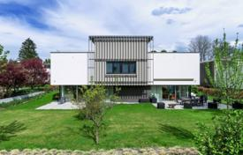 Luxury 6 bedroom houses for sale in Central Europe. Modern villa with a private garden, a guest apartment, a rooftop terrace and underground garages, Starnberg, Germany