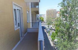 2 bedroom apartments for sale in Portugal. Apartment – Lisbon, Portugal