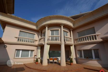 6 bedroom houses for sale in Costa del Maresme. Villa – Santa Susanna, Catalonia, Spain