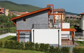 4 bedroom houses for sale in Bulgaria. Townhome – Sveti Vlas, Burgas, Bulgaria