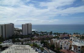 Coastal residential for sale in Tenerife. Apartment with a panoramic view of the ocean in the Playa de las Americas