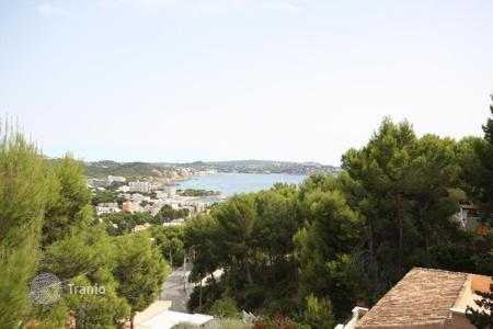 Houses for sale in Peguera. Villa – Peguera, Balearic Islands, Spain