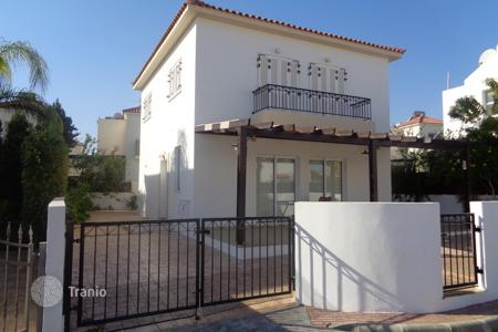 3 bedroom houses by the sea for sale in Paralimni. 3 Bedroom House within walking distance to Malama Beach