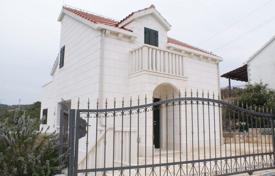Spacious villa with a swimming pool, a terrace and a sea view, Sutivan, Croatia for 350,000 €